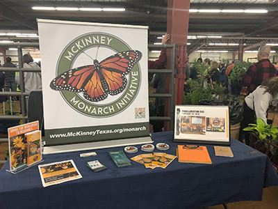 Monarch table display